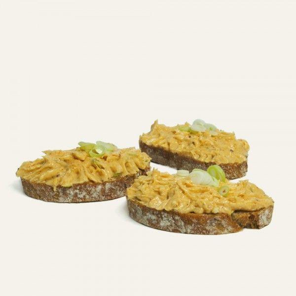 chlebíček-s-bryndzovou-nátierkou-nahlad