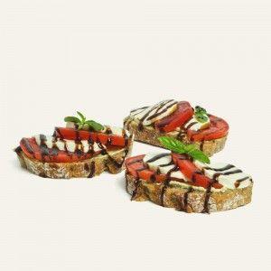 chlebíček-s-mozzarellou-a-pestom-nahlad