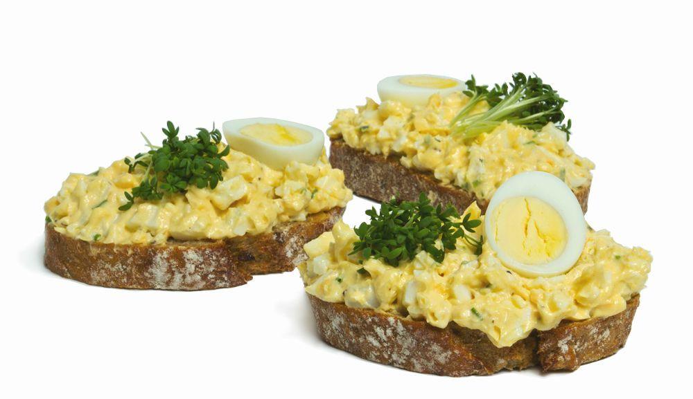 chlebíček s vajíčkovou nátierkou
